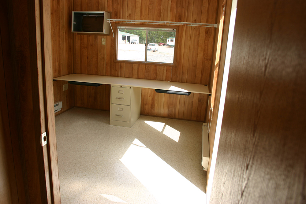 10x40-Office-2-Interior-front-offnew